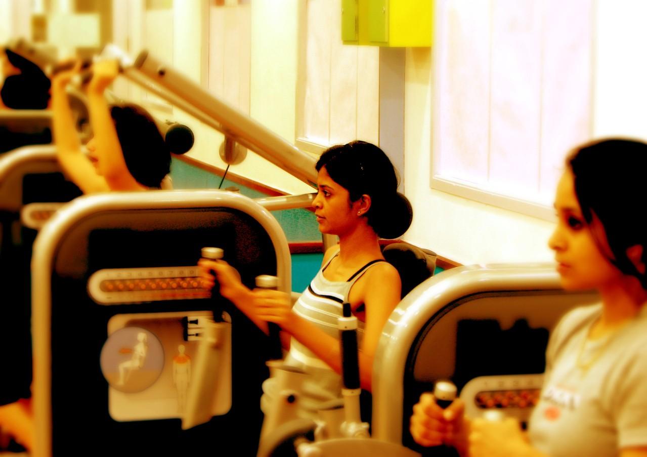Ćwiczenia na siłowni – co powinien wiedzieć każdy początkujący